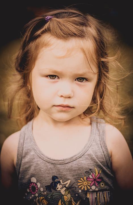 صورة طفلة 2