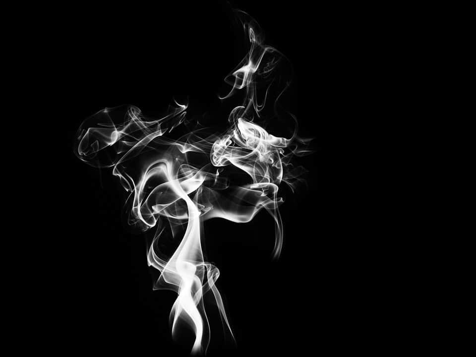 خلفيات دخان سوداء