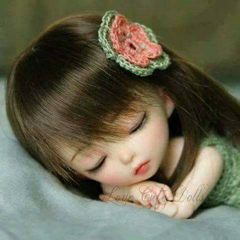 صور بروفايل بنت نائمة