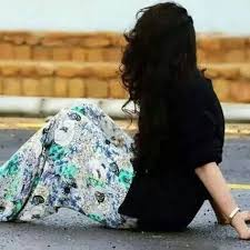 صور حزينة للفيس بوك بنات5