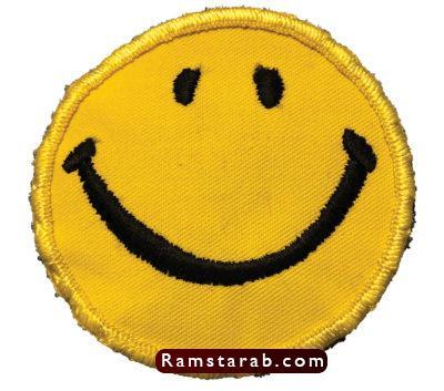 فيس مبتسم